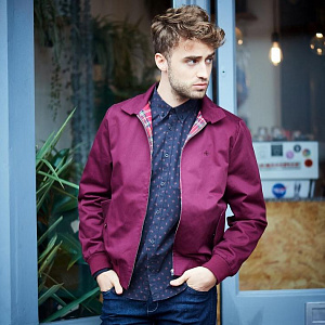 Harrington Jacket in wine